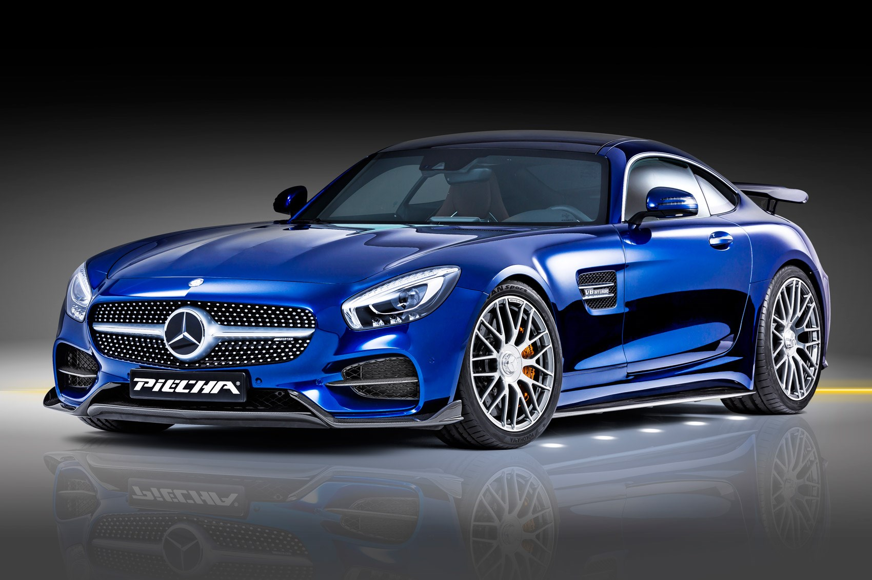 mercedes amg gt s gets piecha makeover car magazine. Black Bedroom Furniture Sets. Home Design Ideas
