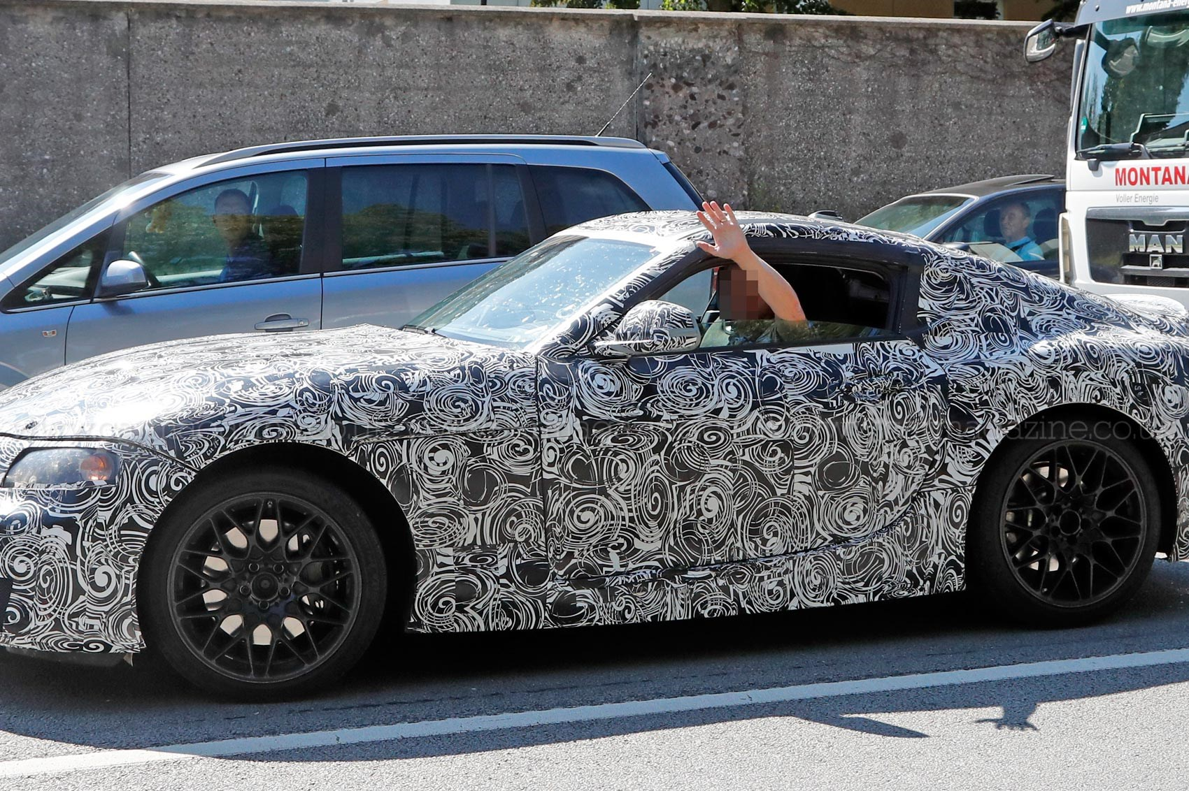 the z4 coupe returns new bmw z5 coupe prototype spotted by car magazine. Black Bedroom Furniture Sets. Home Design Ideas