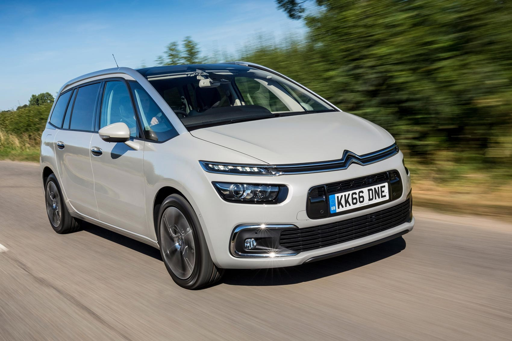 citroen grand c4 picasso flair bluehdi 150 2016 review by car magazine. Black Bedroom Furniture Sets. Home Design Ideas