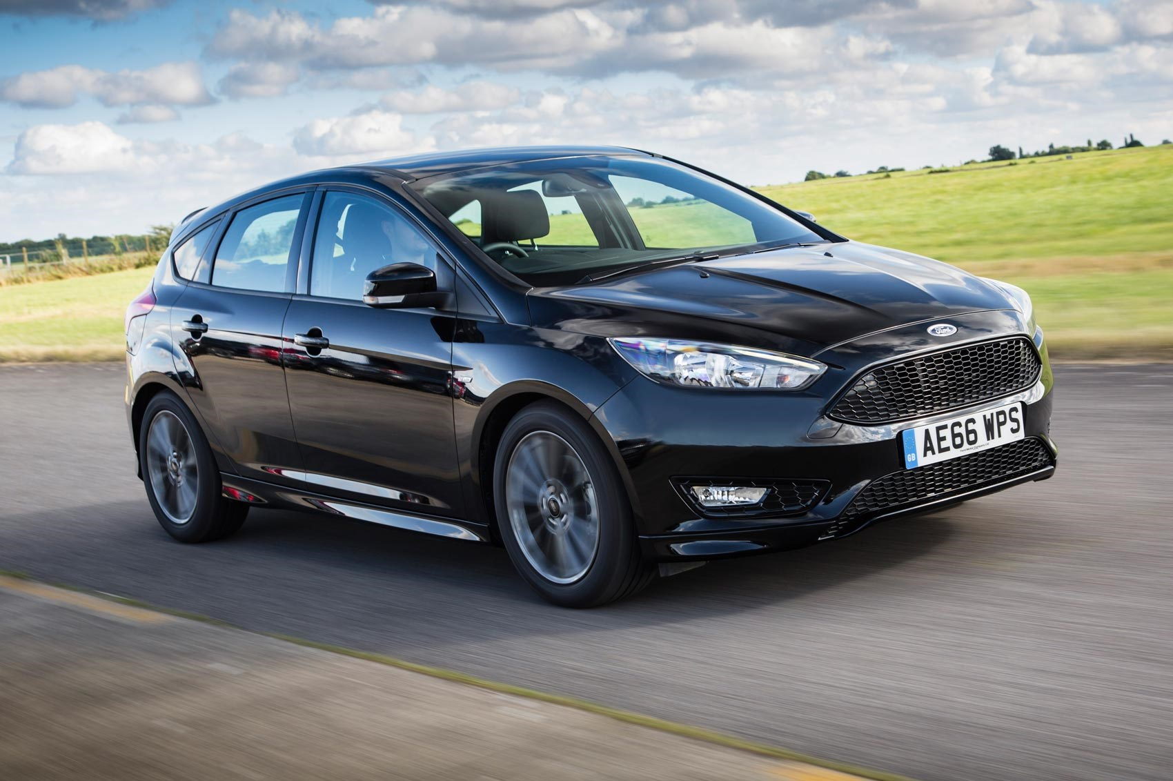 Ford focus st line 1 5t ecoboost 150 2016 review