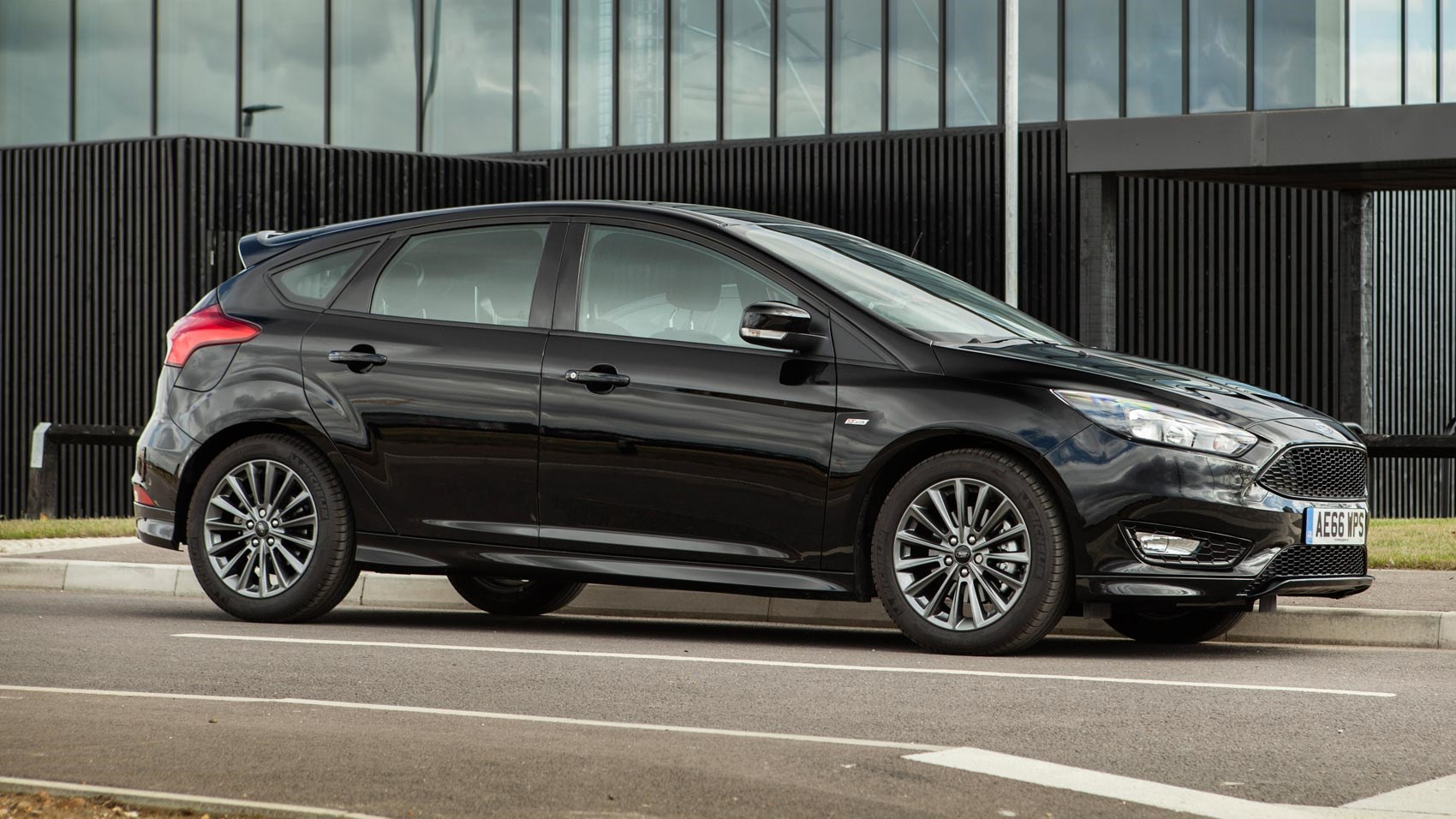 Ford Focus prototype with Torotrak variable drive supercharger (2017) review by CAR Magazine & Ford Focus prototype with Torotrak variable drive supercharger ... markmcfarlin.com
