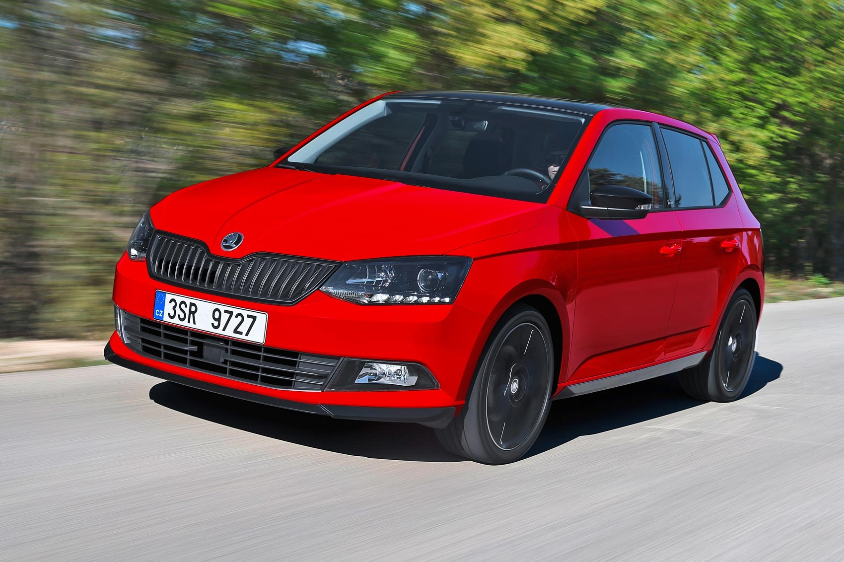 skoda fabia 1 2 tsi 90ps monte carlo 2016 review by car magazine. Black Bedroom Furniture Sets. Home Design Ideas