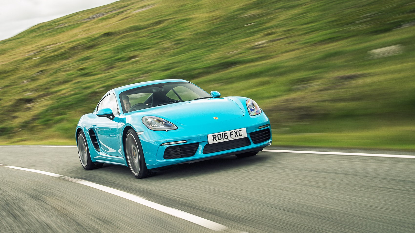 The new Porsche 718 Cayman S: sublime