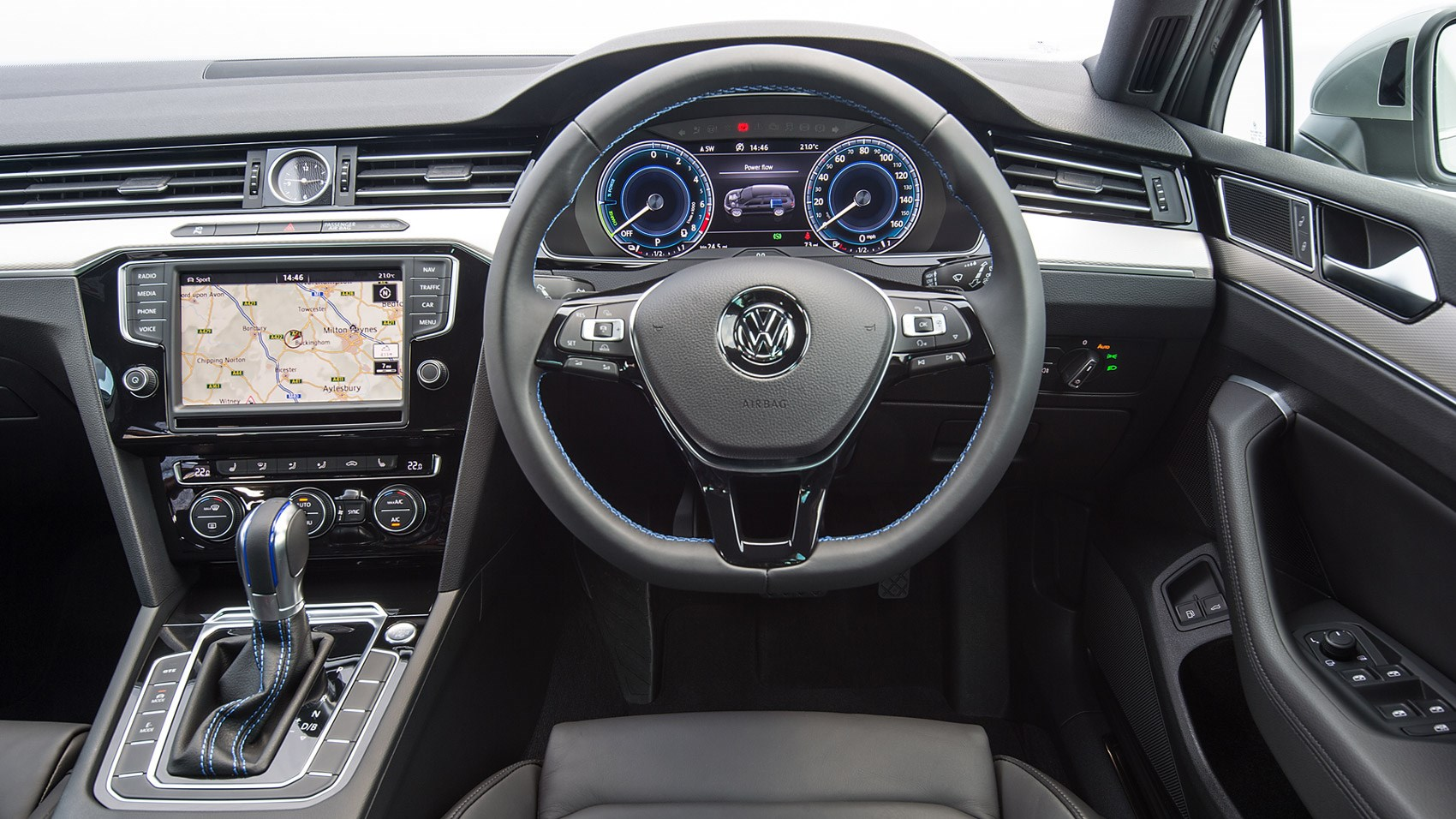 vw passat gte estate 2016 review by car magazine. Black Bedroom Furniture Sets. Home Design Ideas