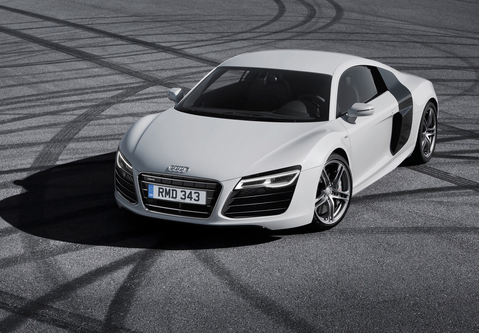 audi r8 by car magazine. Black Bedroom Furniture Sets. Home Design Ideas