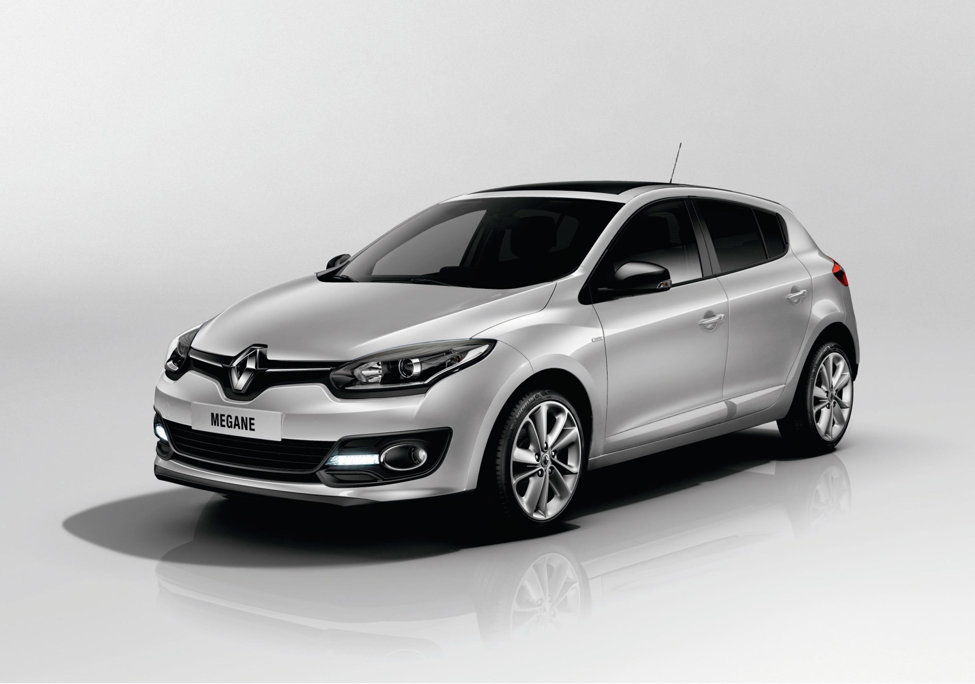 renault megane by car magazine. Black Bedroom Furniture Sets. Home Design Ideas