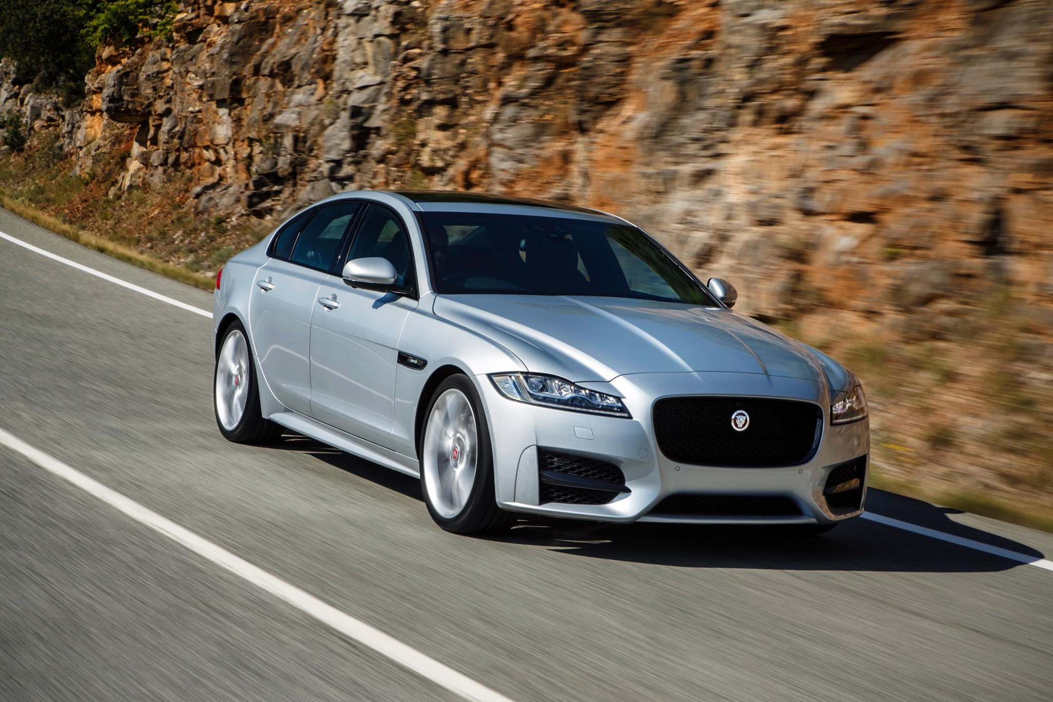 Jaguar Xf Car Magazine