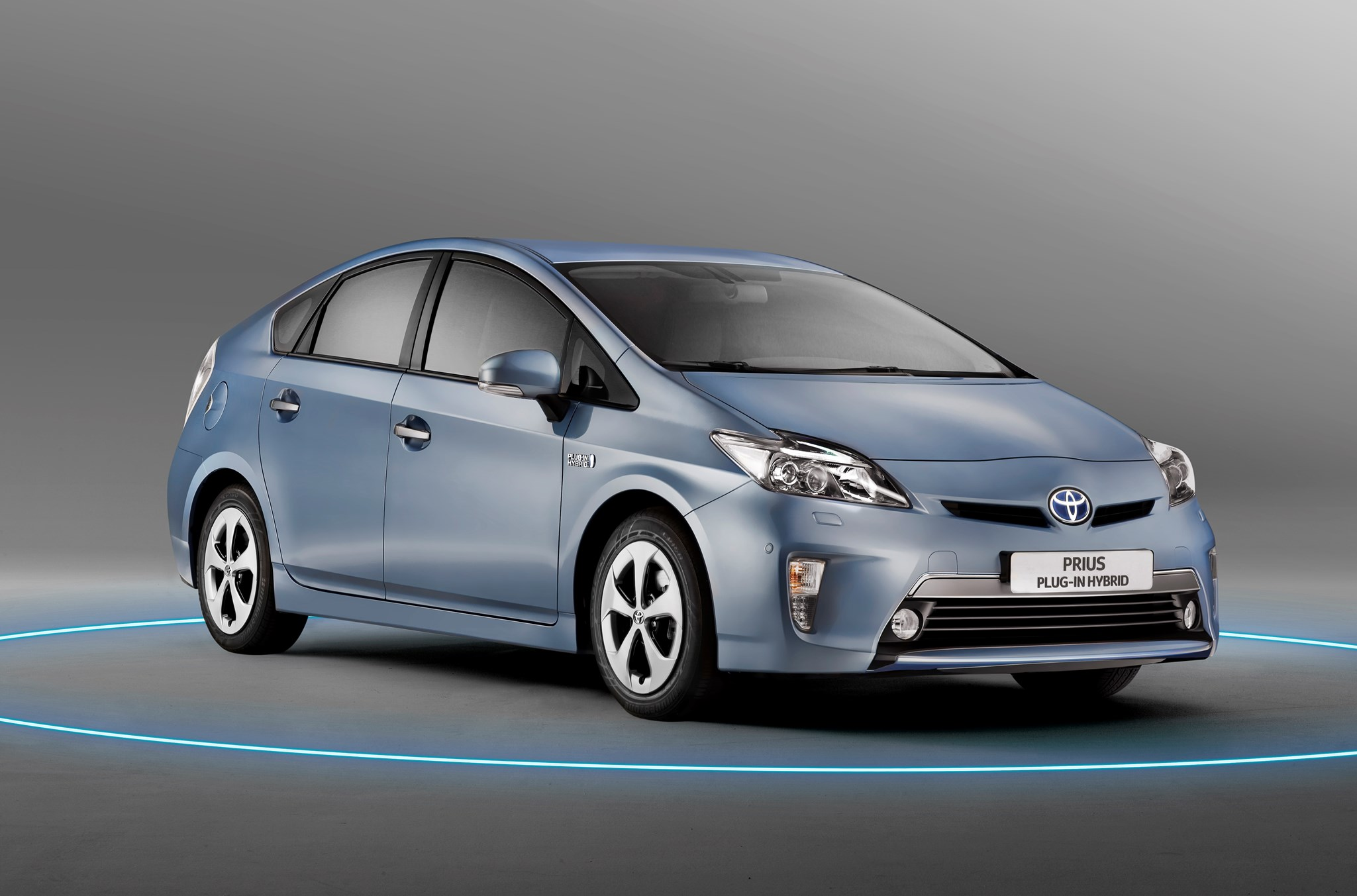 toyota prius by car magazine. Black Bedroom Furniture Sets. Home Design Ideas