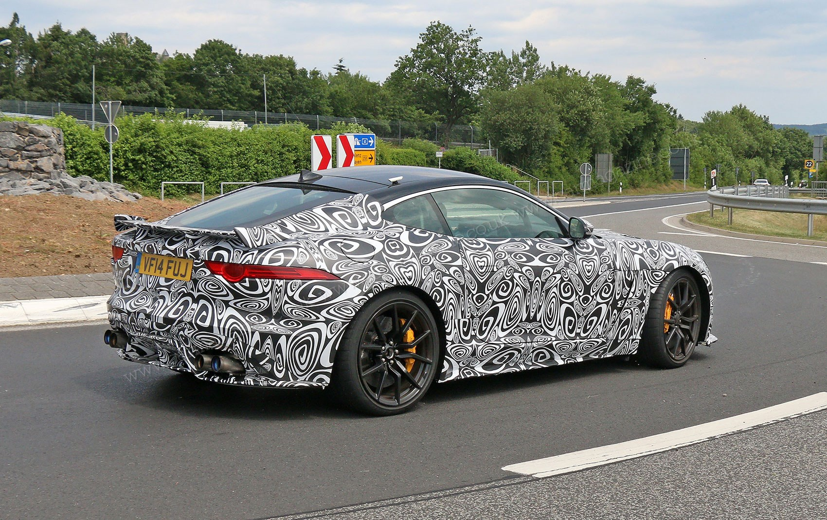 Jaguar F Type Svr Coupe 2016 Spied With 4wd Car Magazine