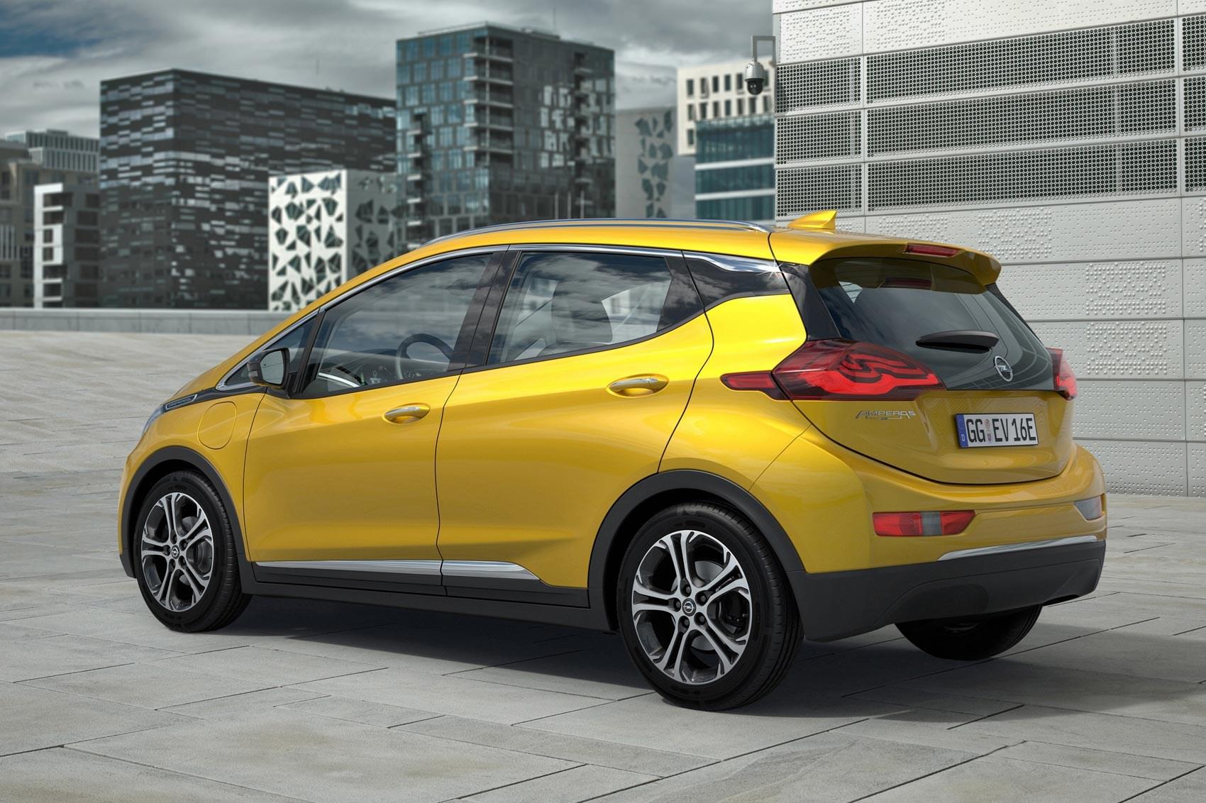 GM pulls plug on RHD Vauxhall Ampera-e | CAR Magazine