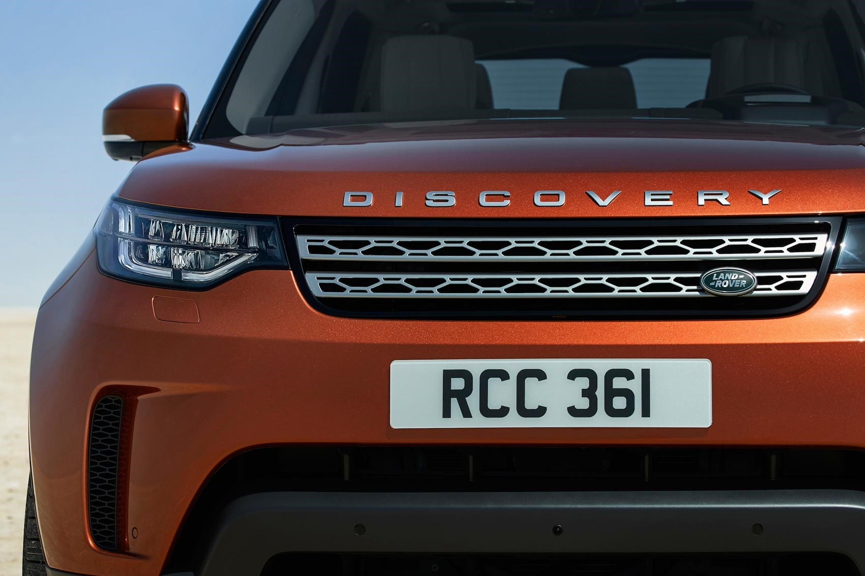 Discovery 5 is alive! Land Rover's new seven-seat