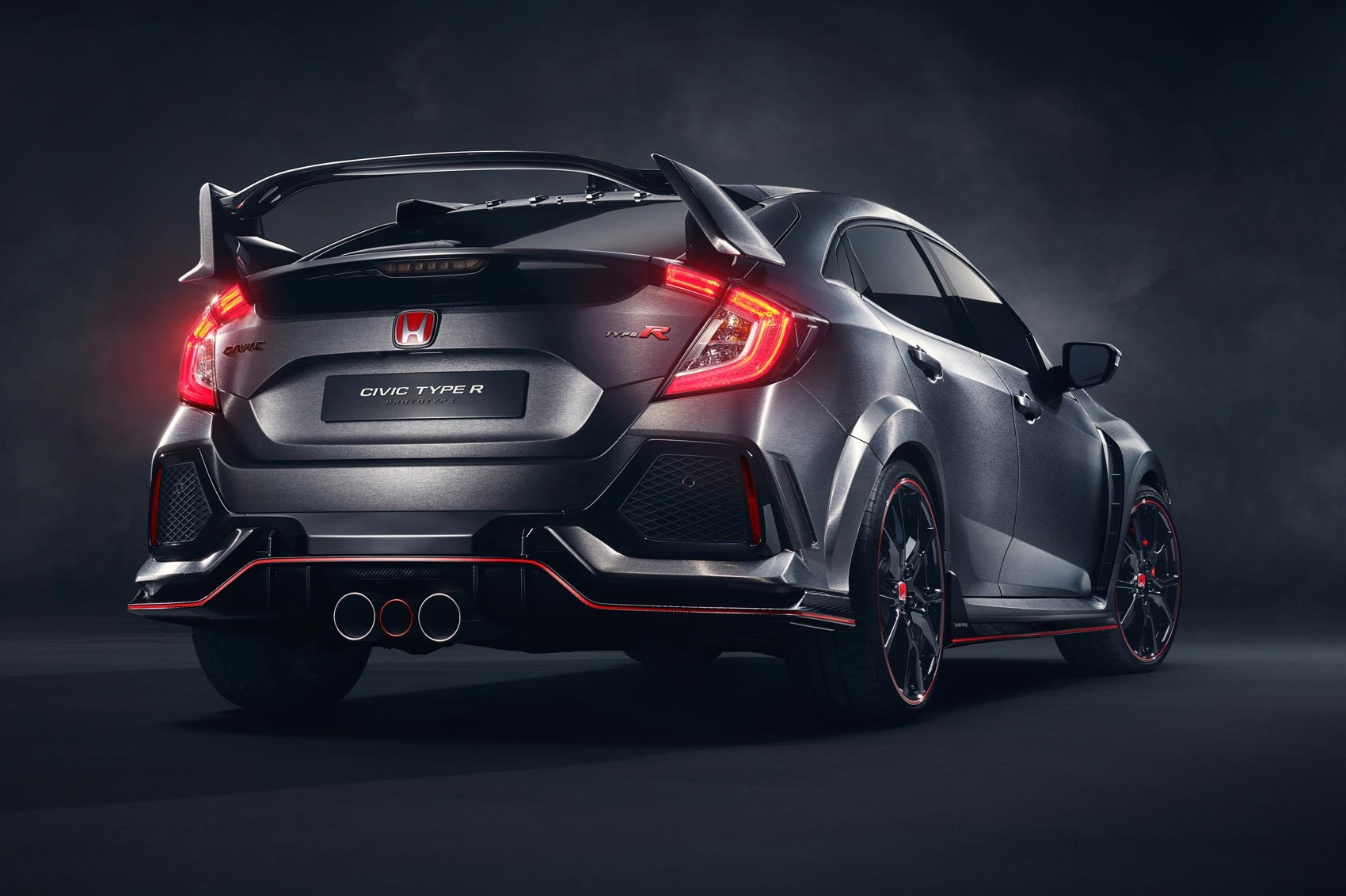 honda previews 2017 civic type r in paris by car magazine. Black Bedroom Furniture Sets. Home Design Ideas