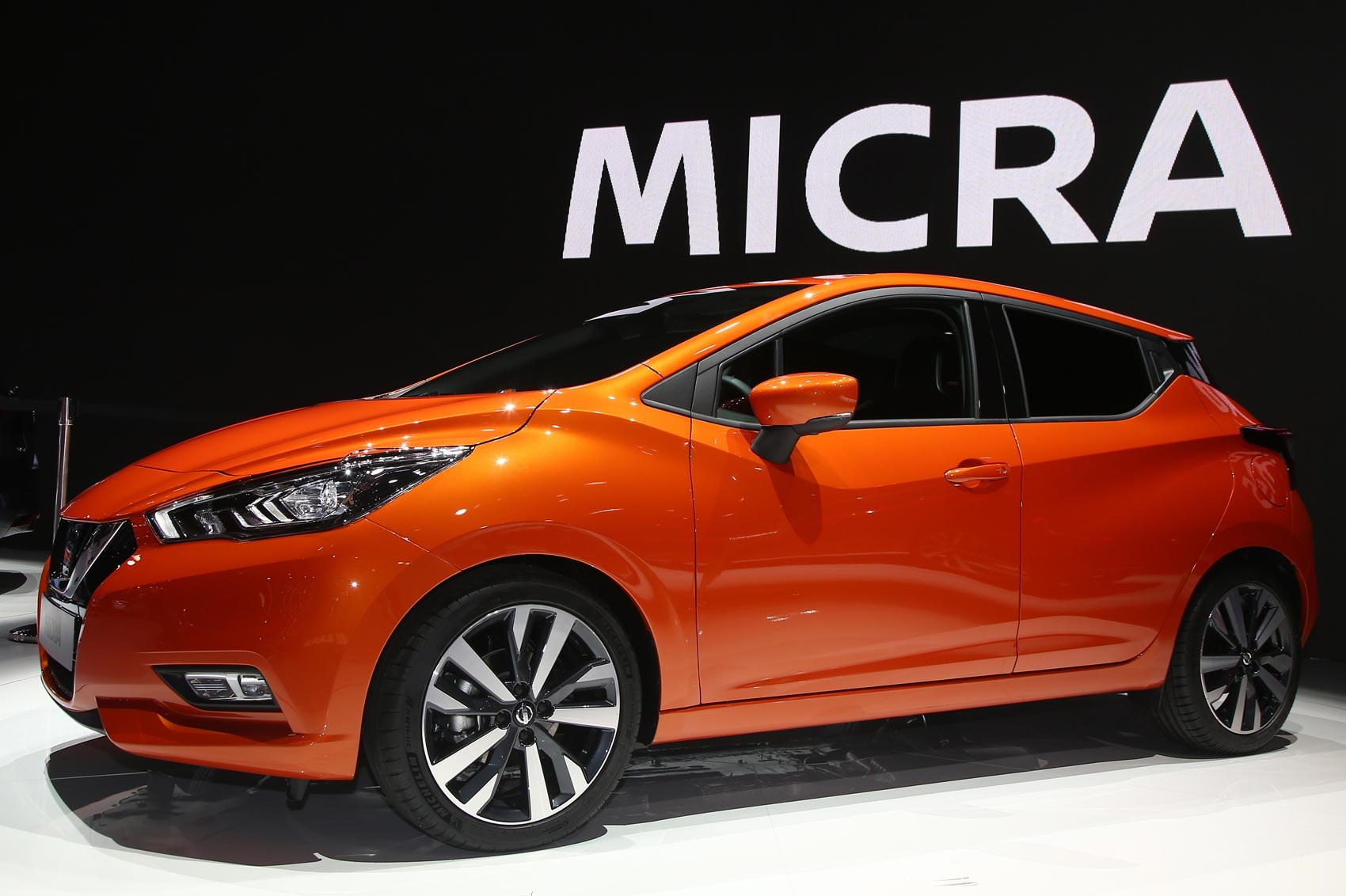 boring to bold next gen 2017 nissan micra unveiled by car. Black Bedroom Furniture Sets. Home Design Ideas