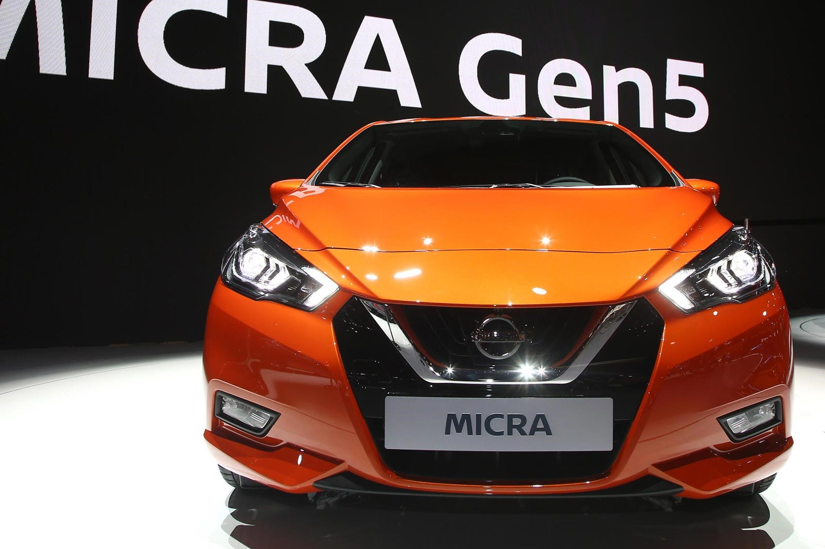 boring to bold next gen 2017 nissan micra unveiled car magazine. Black Bedroom Furniture Sets. Home Design Ideas