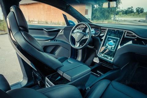 Tesla Model X vs Texas