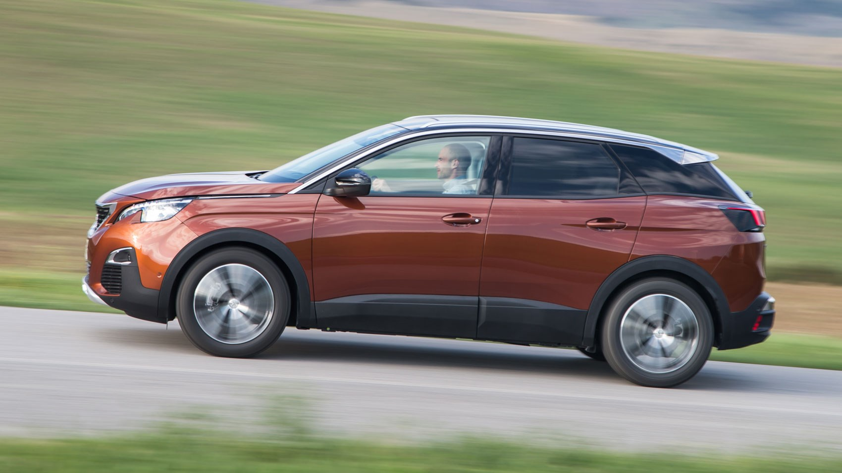 peugeot 3008 1 6 bluehdi 120 s s allure 2016 review by car magazine. Black Bedroom Furniture Sets. Home Design Ideas