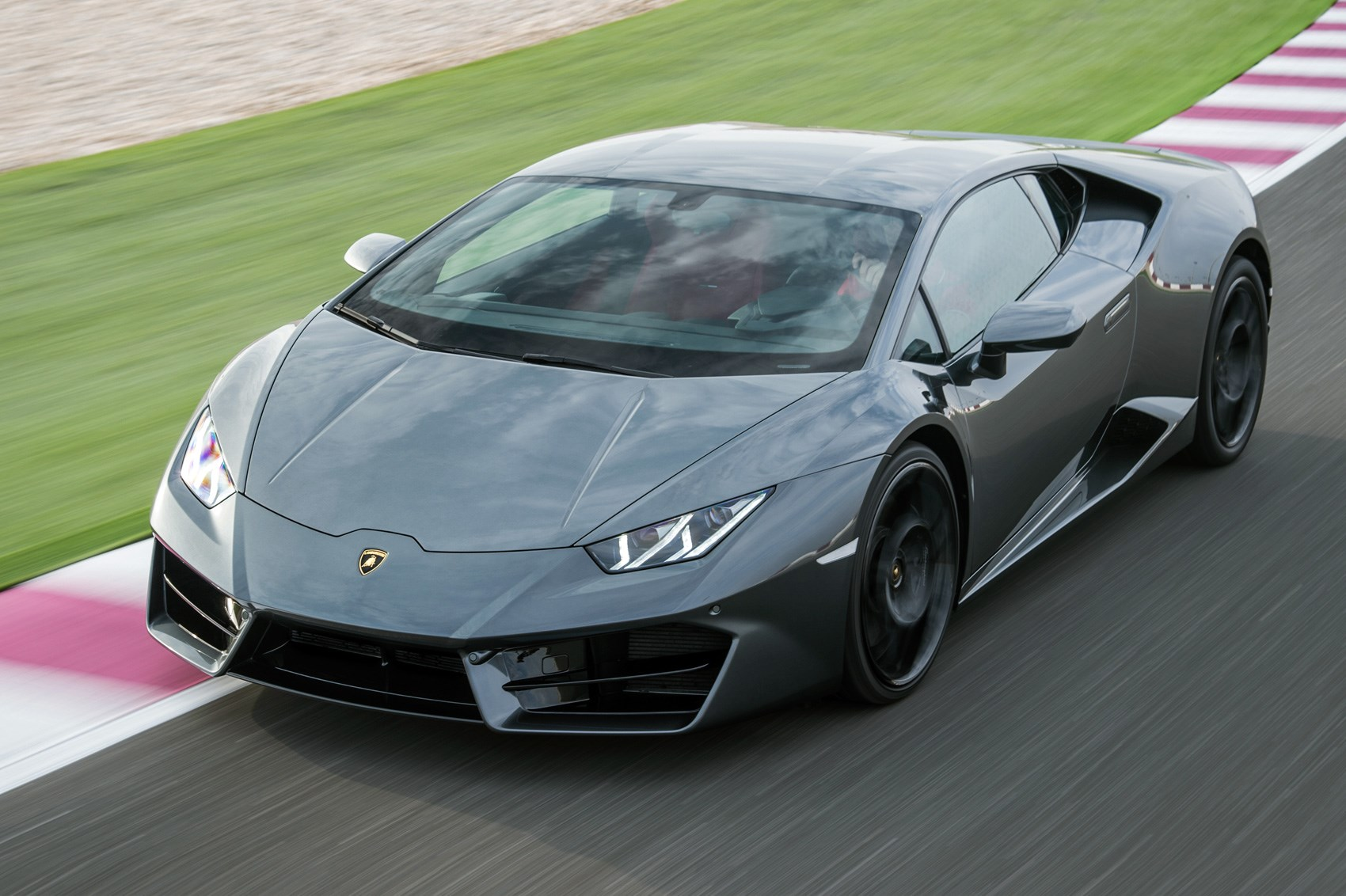 Lamborghini Huracan LP580-2 (2016) review by CAR Magazine