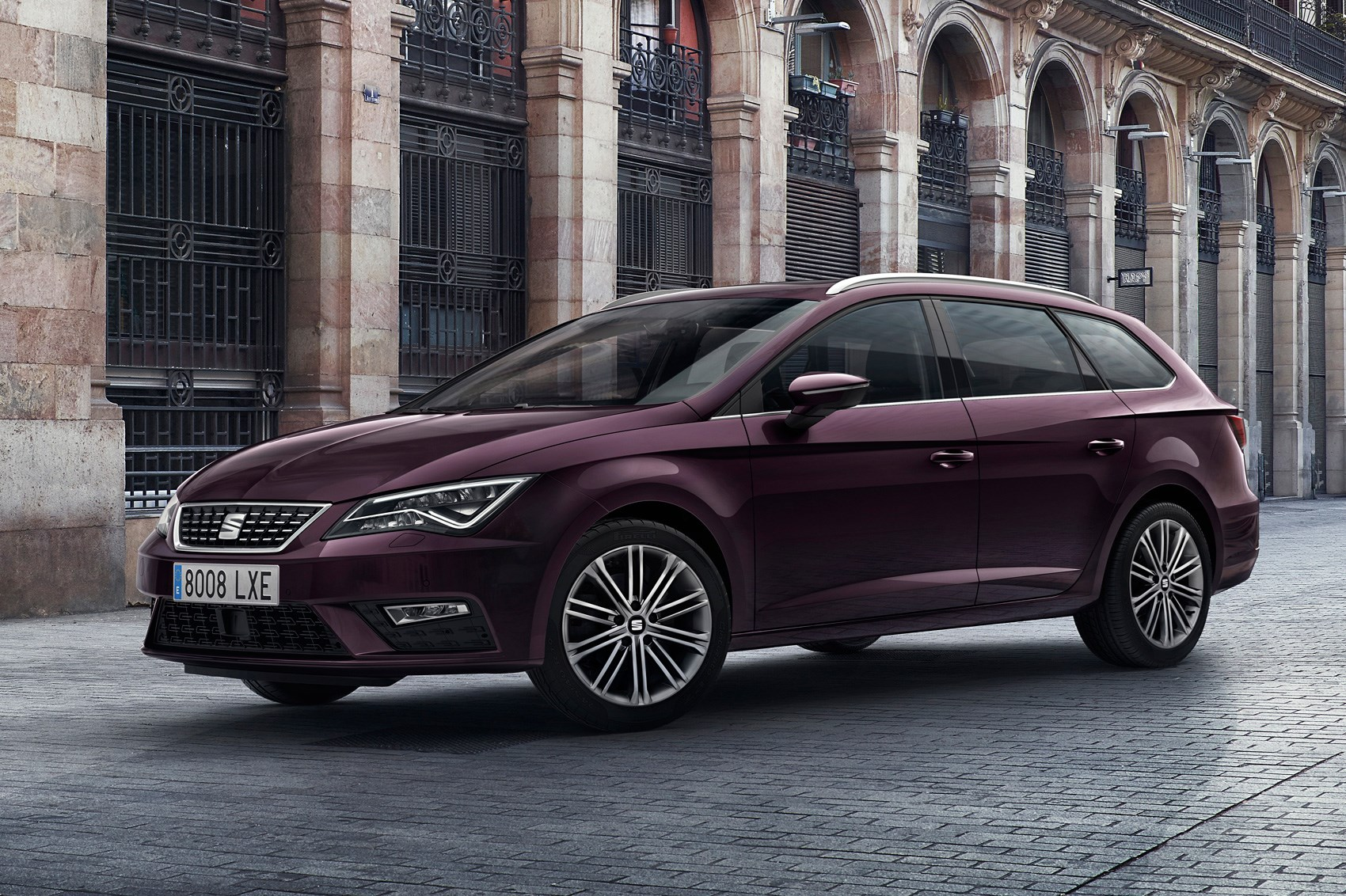 revamped 2017 seat leon gets new tech and a subtle facelift by car magazine. Black Bedroom Furniture Sets. Home Design Ideas