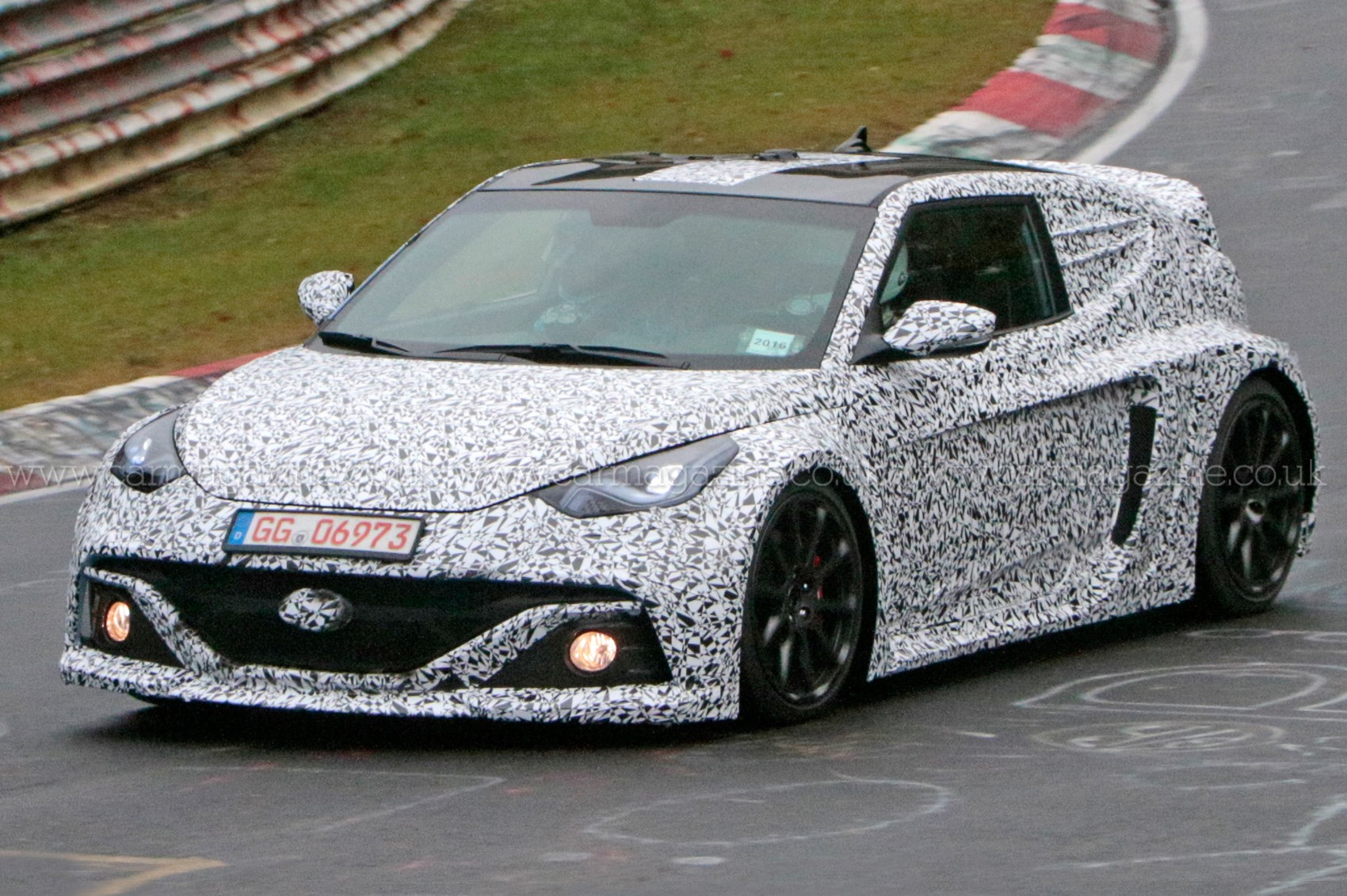 Hyundai Spy Shots >> Hyundai Rm16 Mid Engined Hyper Hatch Spied At The Nurburgring By