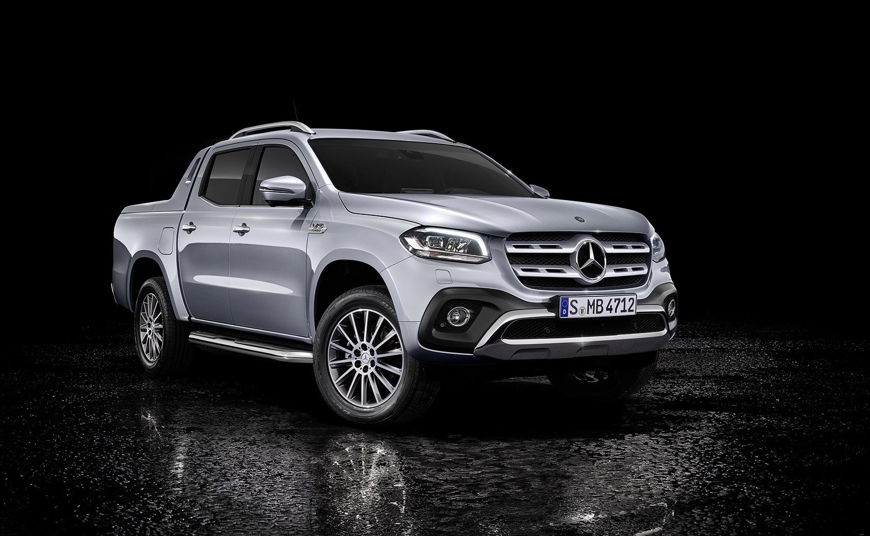 New mercedes benz x class pick up news specs prices v6 for Price of a new mercedes benz