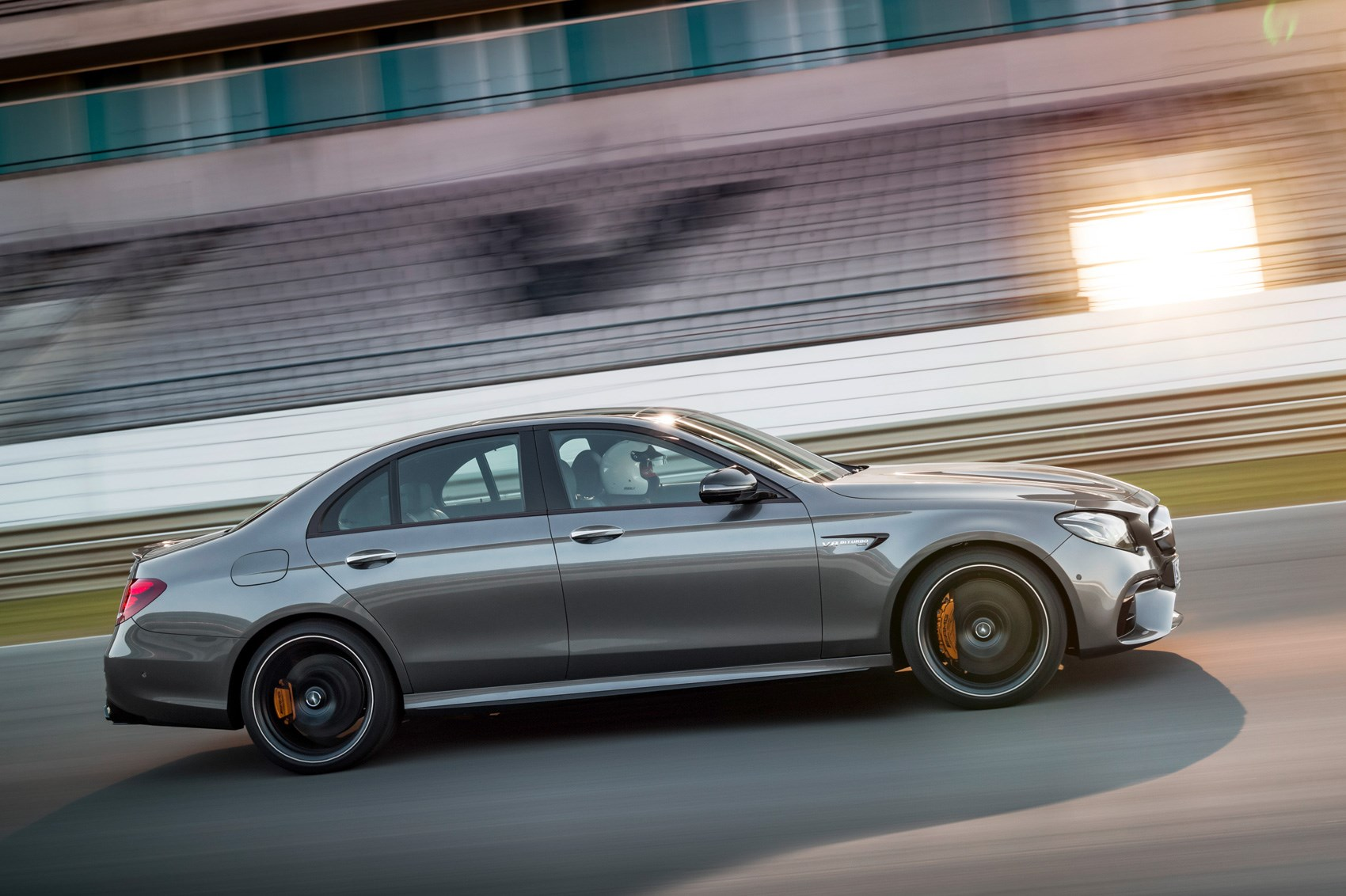 Suited And Boosted 2017 Mercedes Amg E63 4matic Revealed Car Magazine