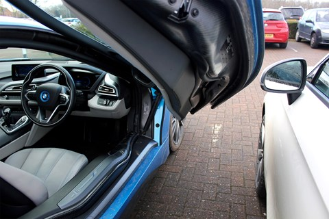 BMW i8 scissor doors dramatic but problematic
