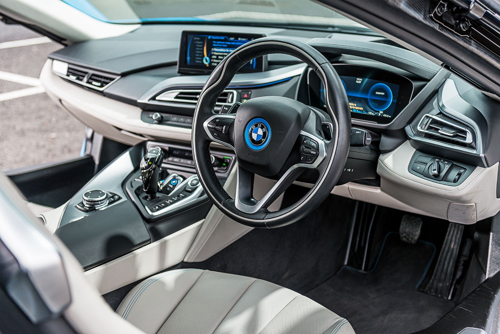 Bmw I8 2020 Blue And White