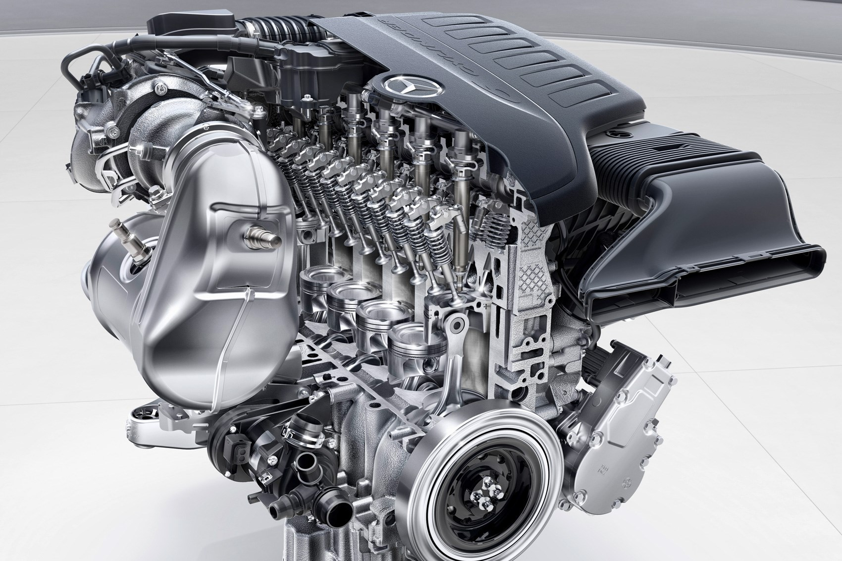 Straight sixes are back mercedes benz 39 s new 48 volt for Mercedes benz marine engines