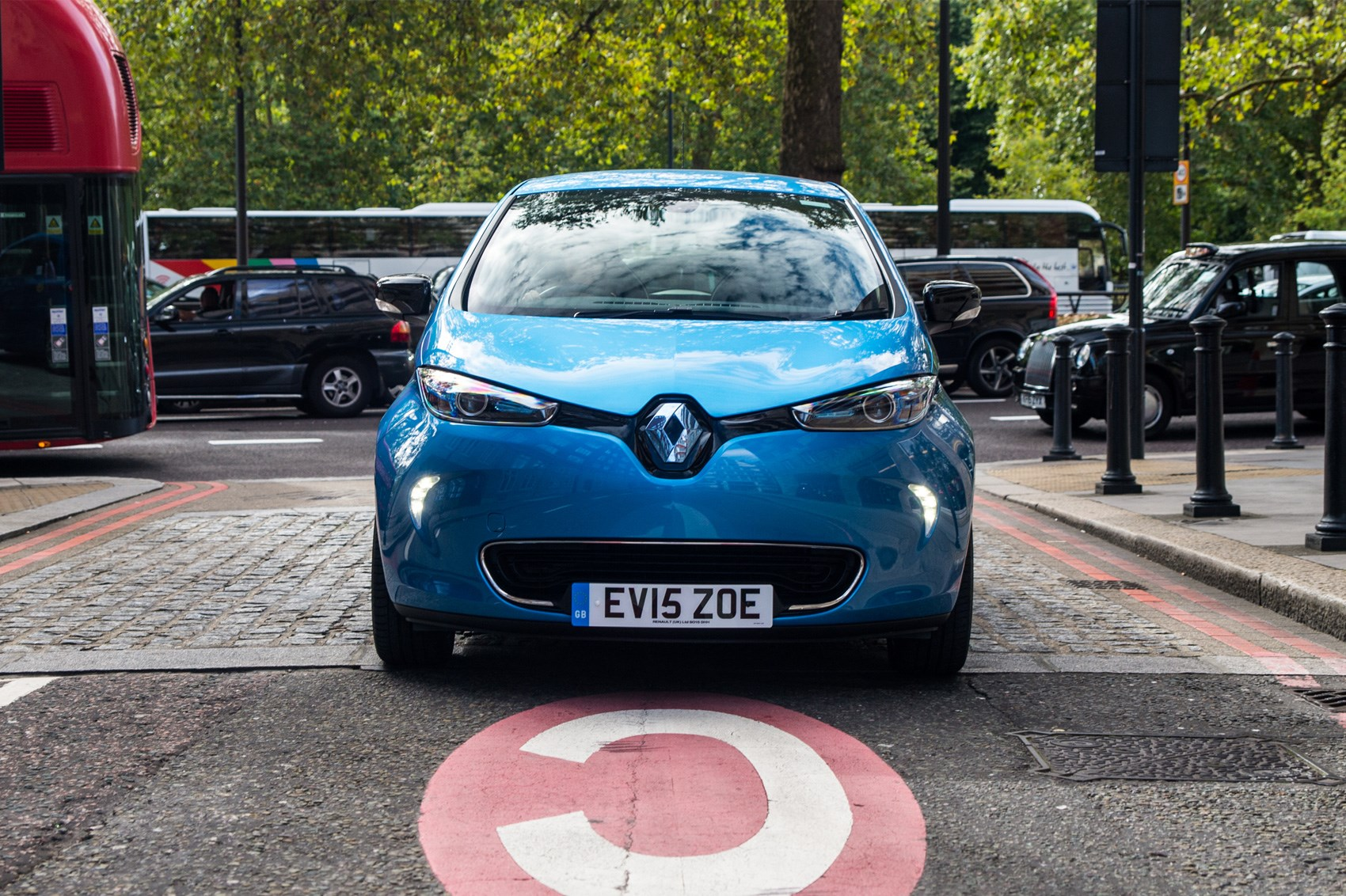 Renault ZOE electric vehicle gains 'longest range'