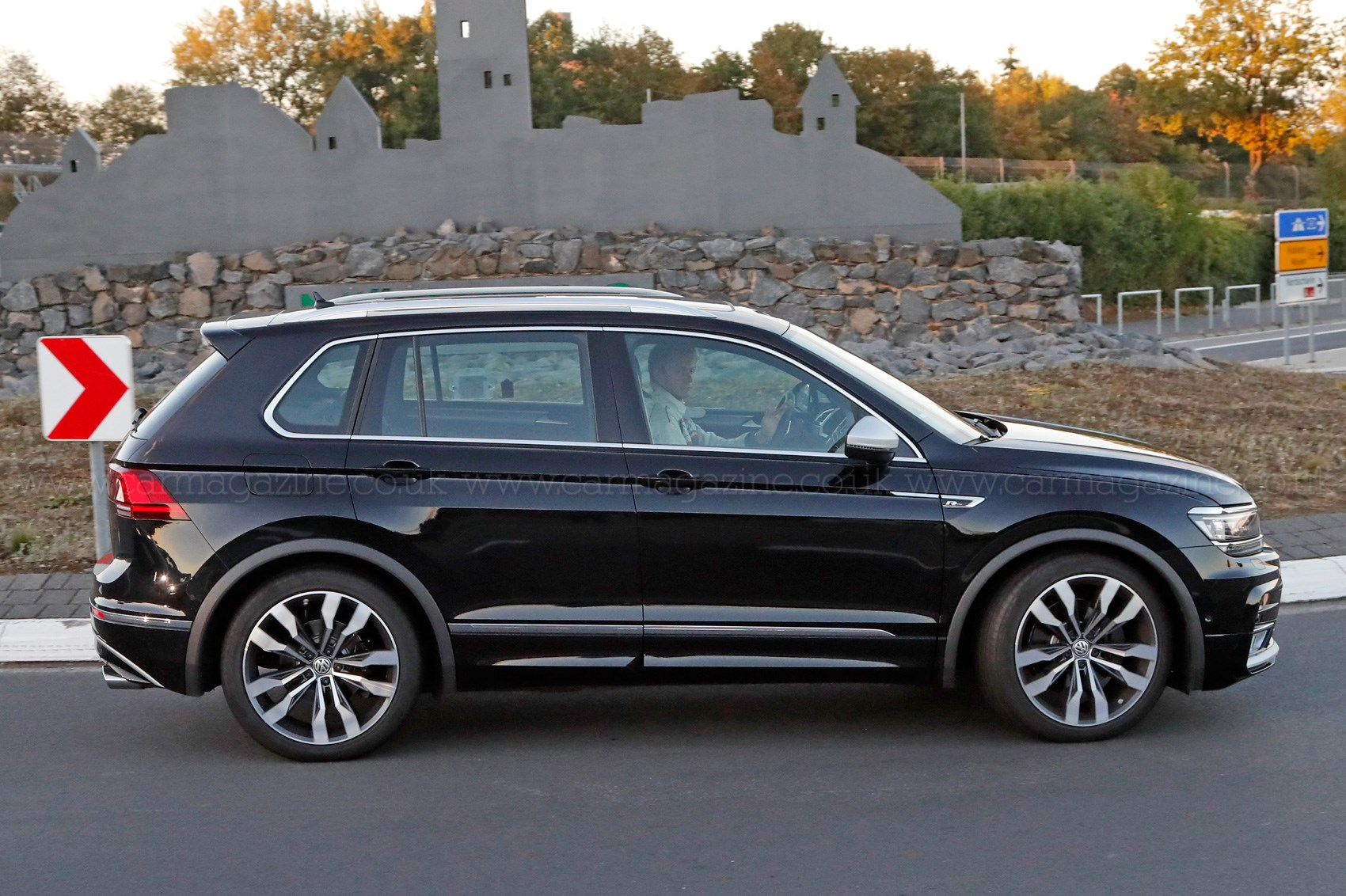 the best all rounder around vw tiguan r spotted car. Black Bedroom Furniture Sets. Home Design Ideas