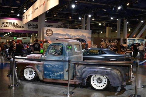 A 1950s Dodge pick-up: classic modding style