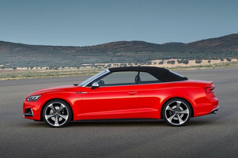 Audi A5 Cabriolet roof up
