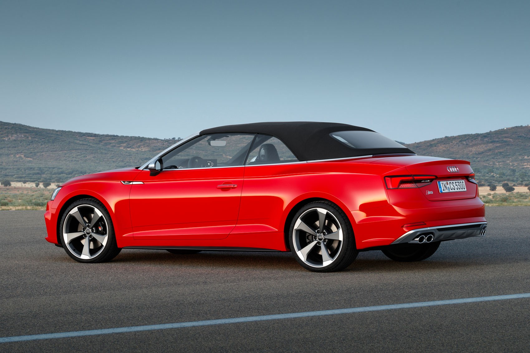 2017 Audi S5 And A5 Cabriolet Chop Their Tops At La By Car