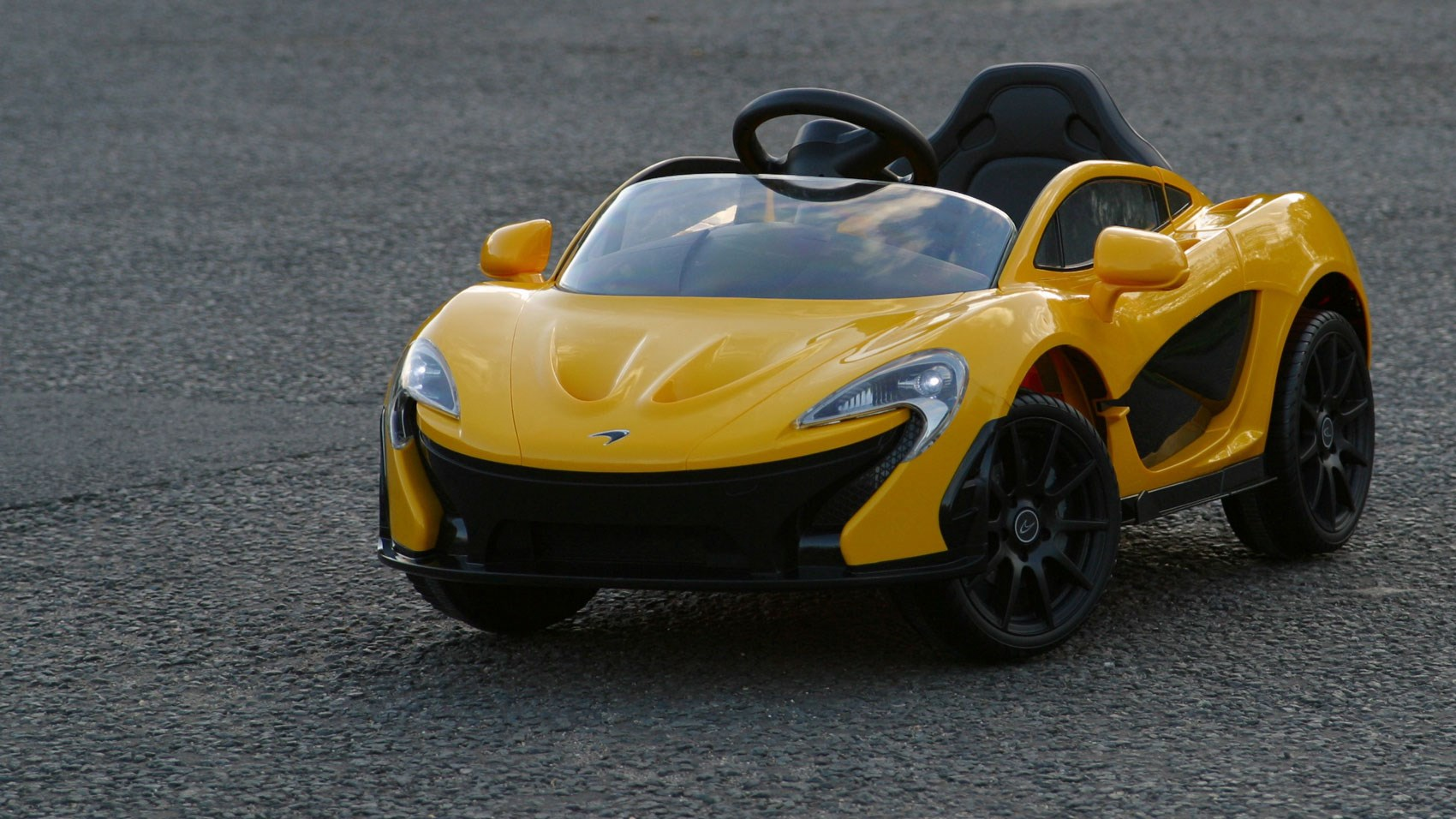 Remarkably Accurate Styling Mimics The Real Mclaren P1 S