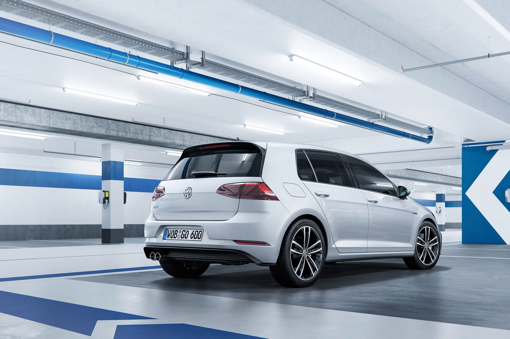 Seven Things You Need To Know About The Facelifted 2017 Vw Golf Audi A3 Xenon Wiring Diagram Volkswagen Mk7