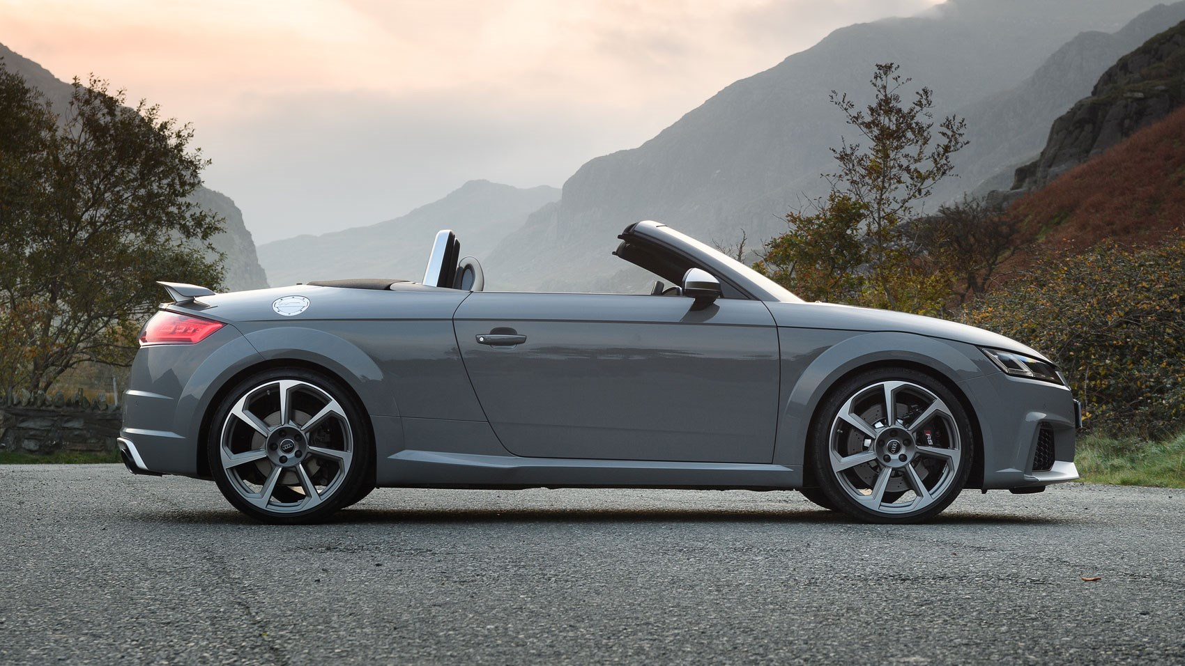 Audi Tt Rs Roadster 2016 Review Car Magazine