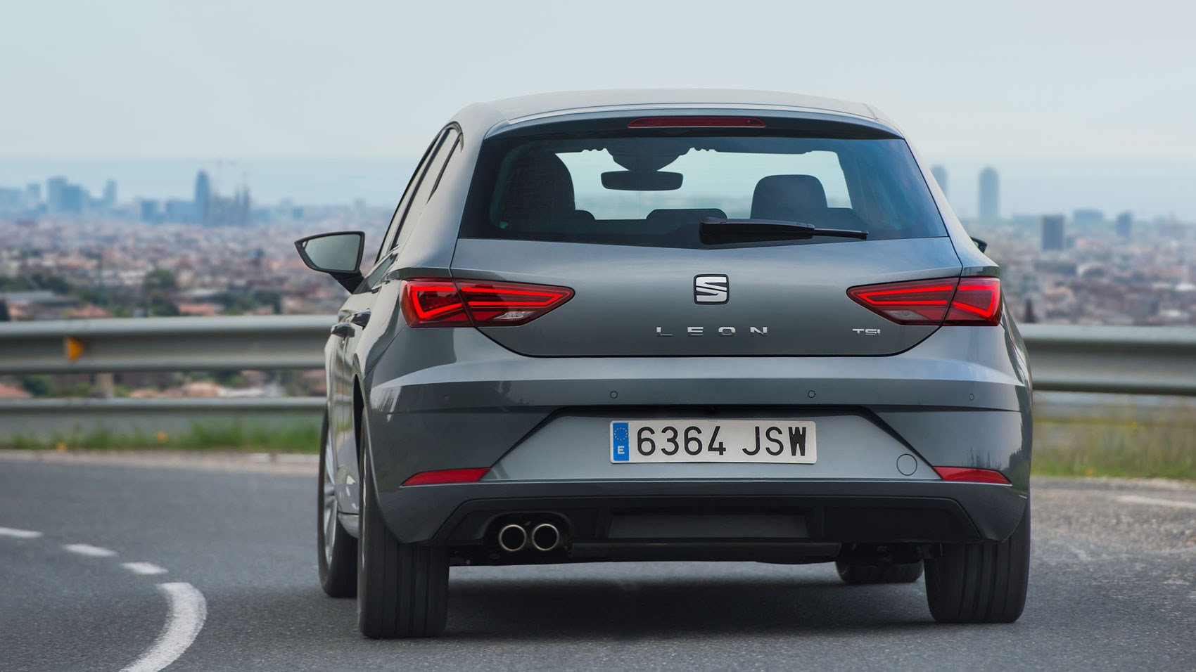seat leon 1 0 litre tsi ecomotive se technology 2017 review car magazine. Black Bedroom Furniture Sets. Home Design Ideas