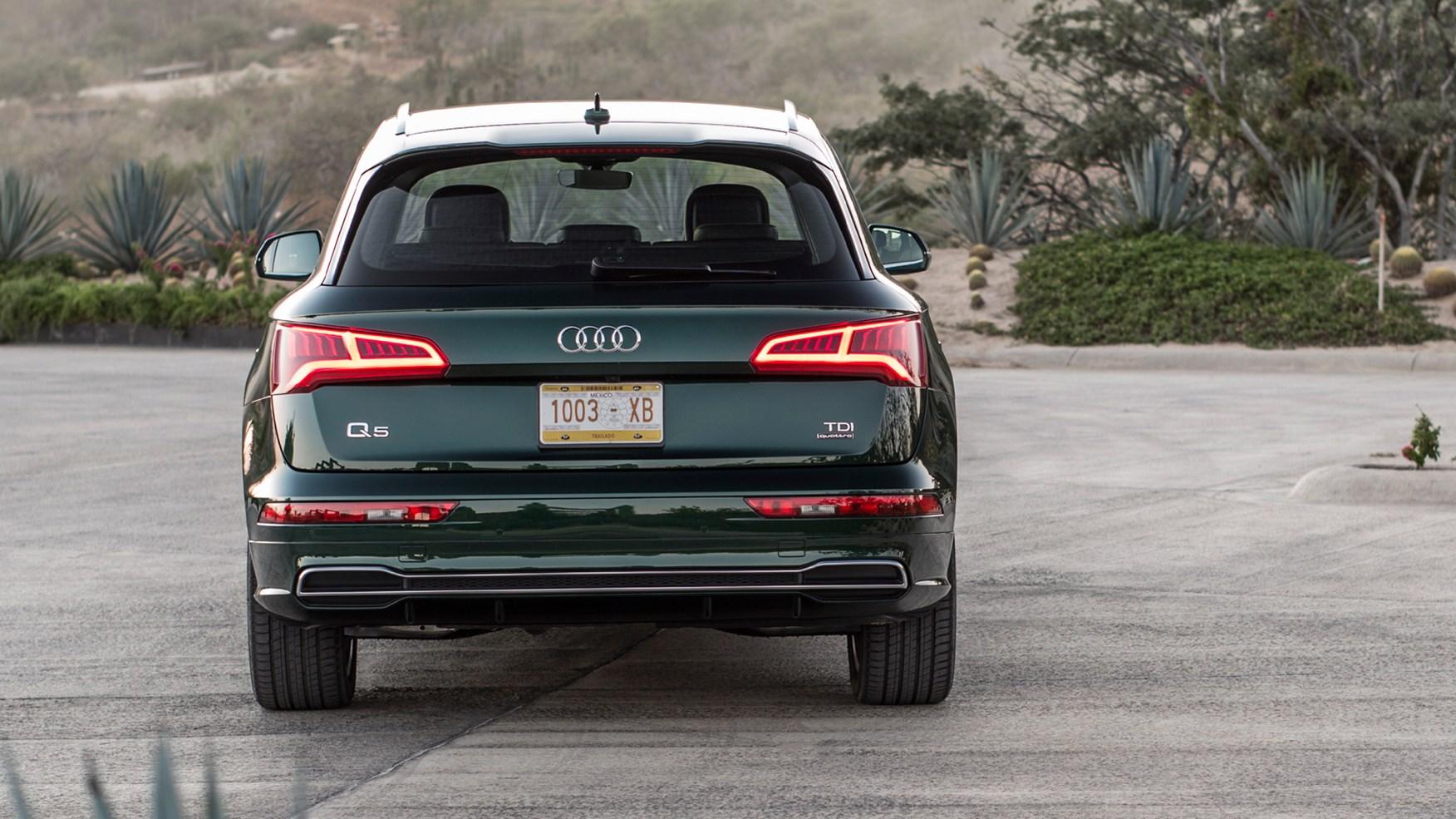 Audi Q5 S Line 2.0 TFSI (2017) review by CAR Magazine