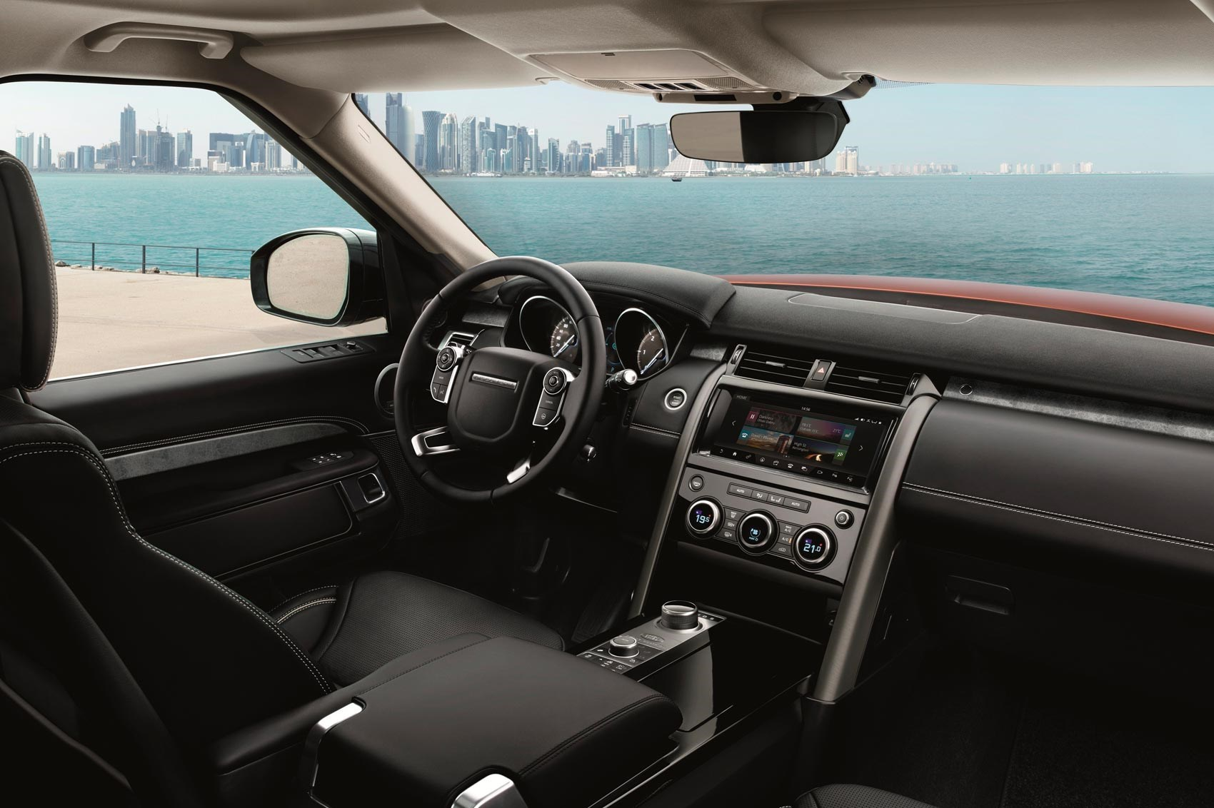 land rover discovery 5 prototype 2017 review by car magazine. Black Bedroom Furniture Sets. Home Design Ideas