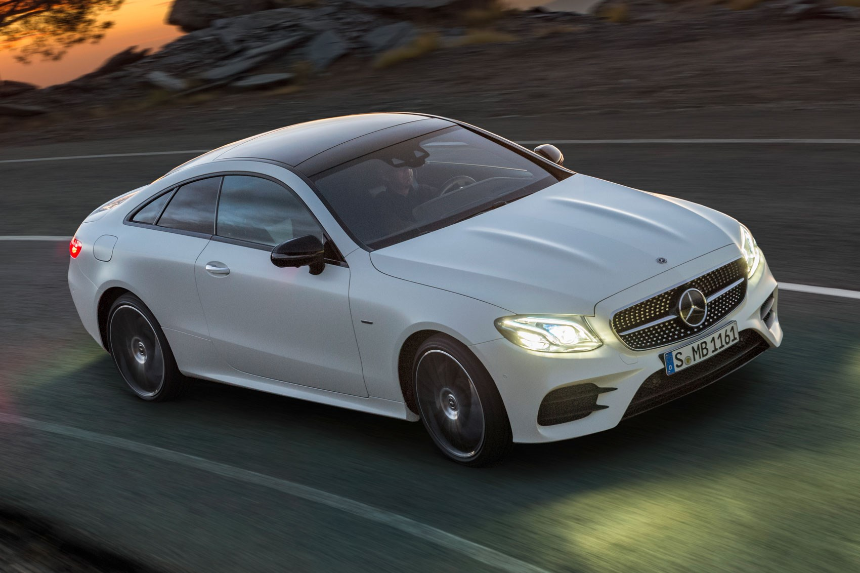 New mercedes e class coupe revealed latest two door on for Mercedes benz 2 door coupe for sale
