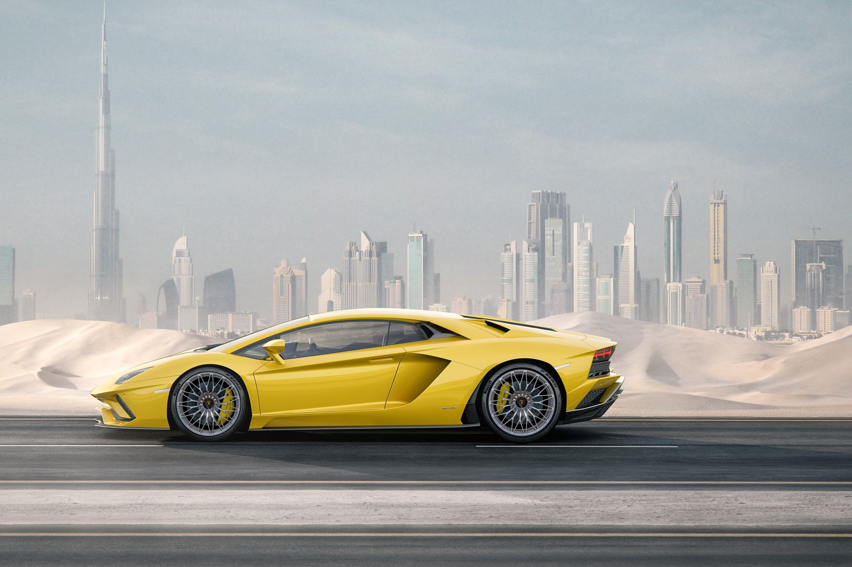 New 2017 Lamborghini Aventador S unveiled by CAR Magazine
