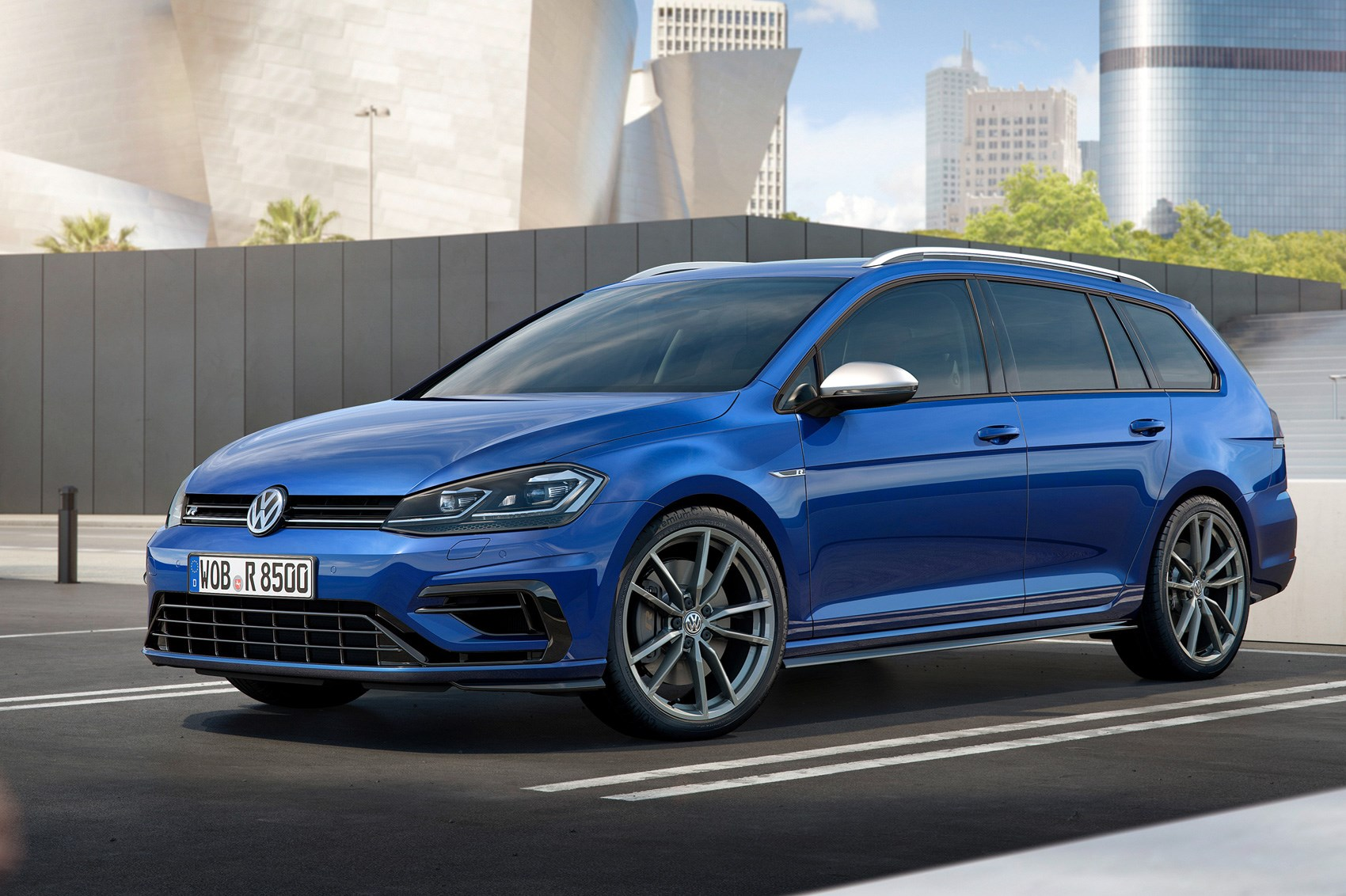 new(ish) vw golf r for 2017: fast golf gets a faceliftcar magazine