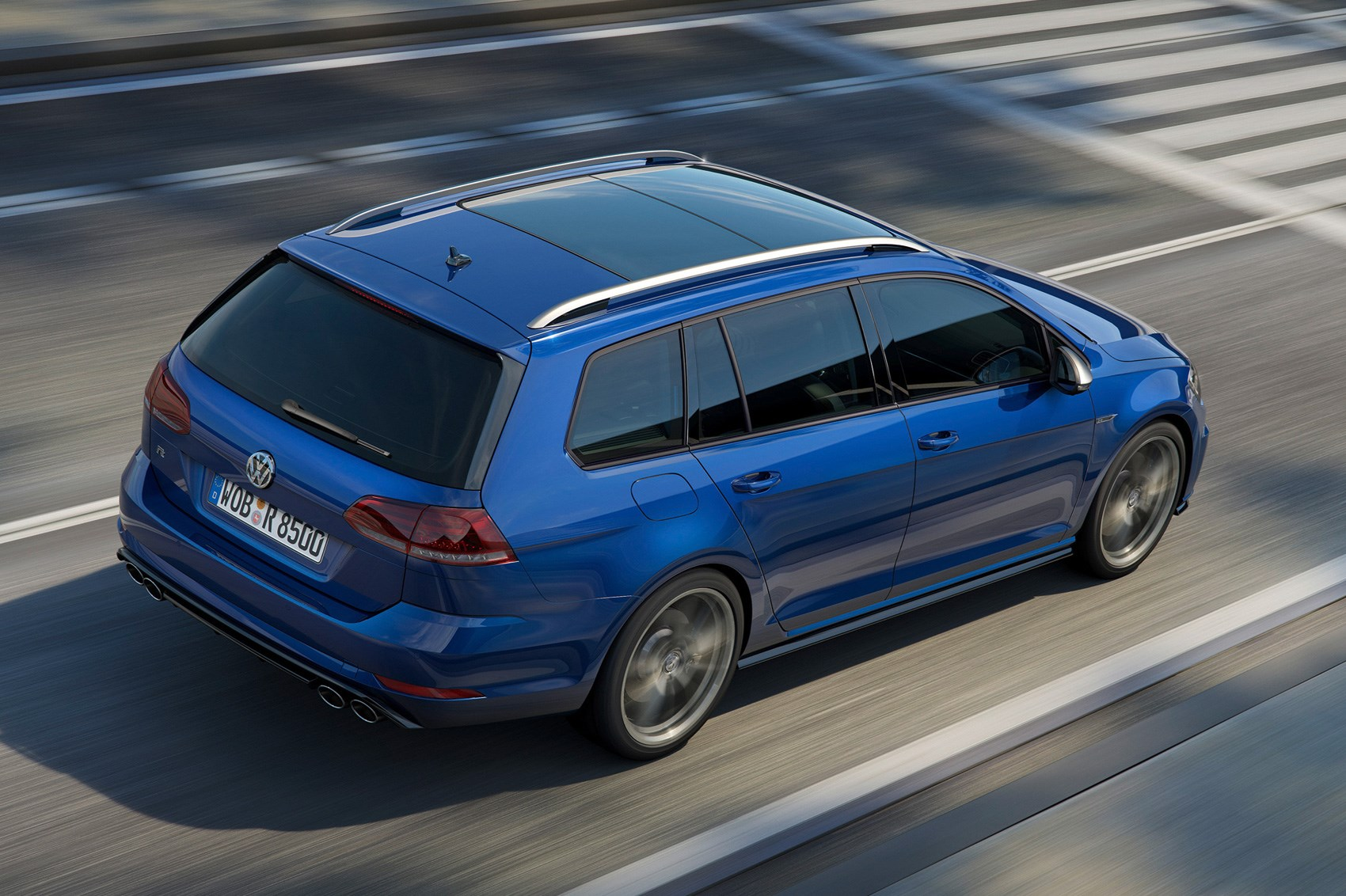 New Ish Vw Golf R For 2017 Fast Gets A Facelift