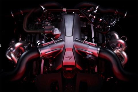 McLaren 720S at Geneva 2017 - engine