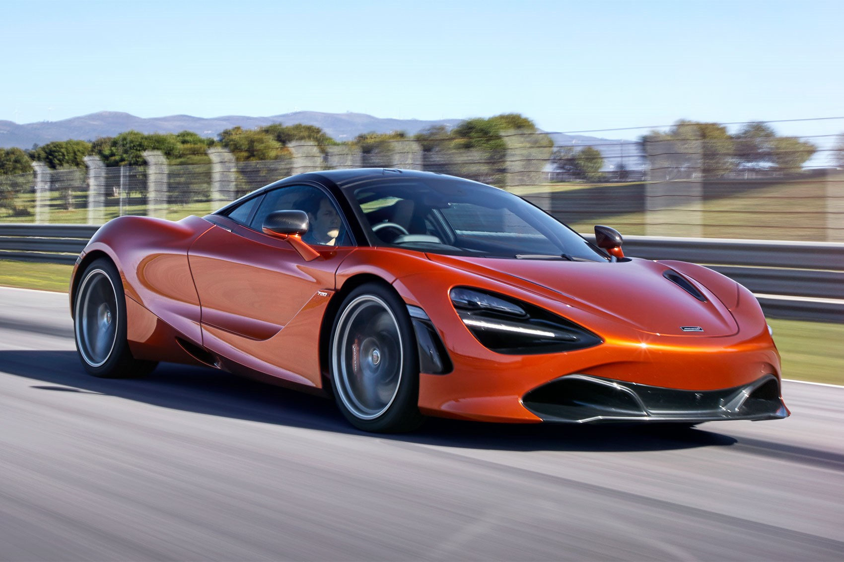 Mclaren Storms Into Geneva With New 720s Supercar Car
