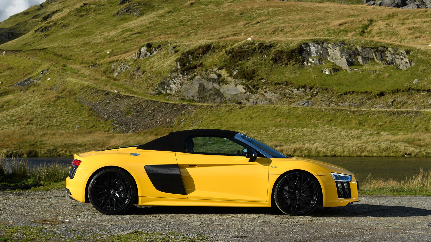 Audi R8 V10 Spyder 2017 Review Car Magazine