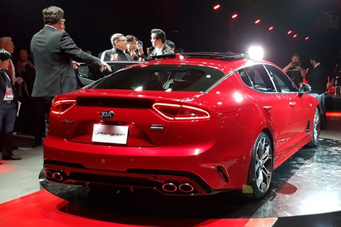 Kia turns up the heat new stinger fastback unveiled in for Kia motor company usa