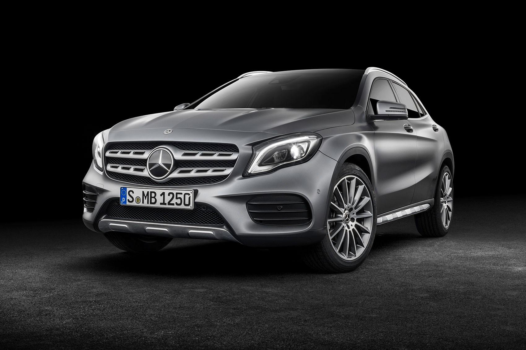 Mercedes GLA 2017 facelift: Merc gets the mascara out ...