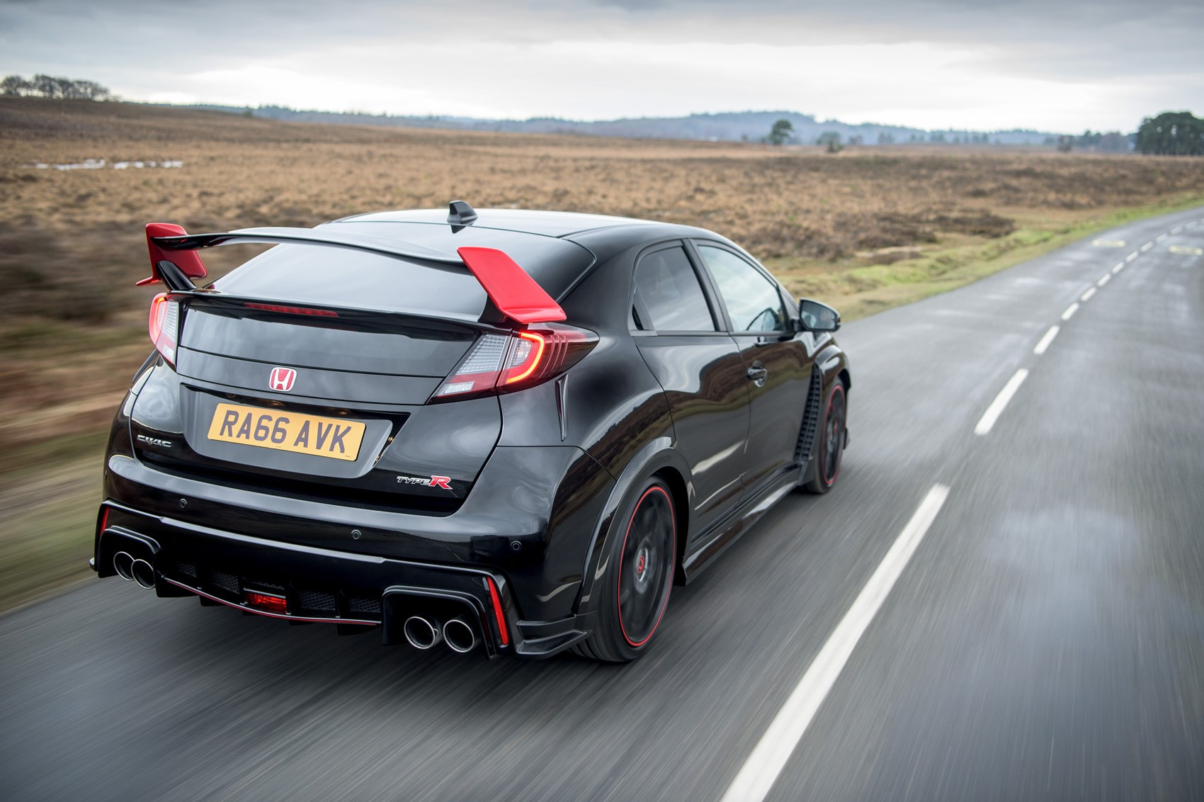 ... Honda Civic Type R Black Edition: 2017 Run Out Model Marks End Of  Current
