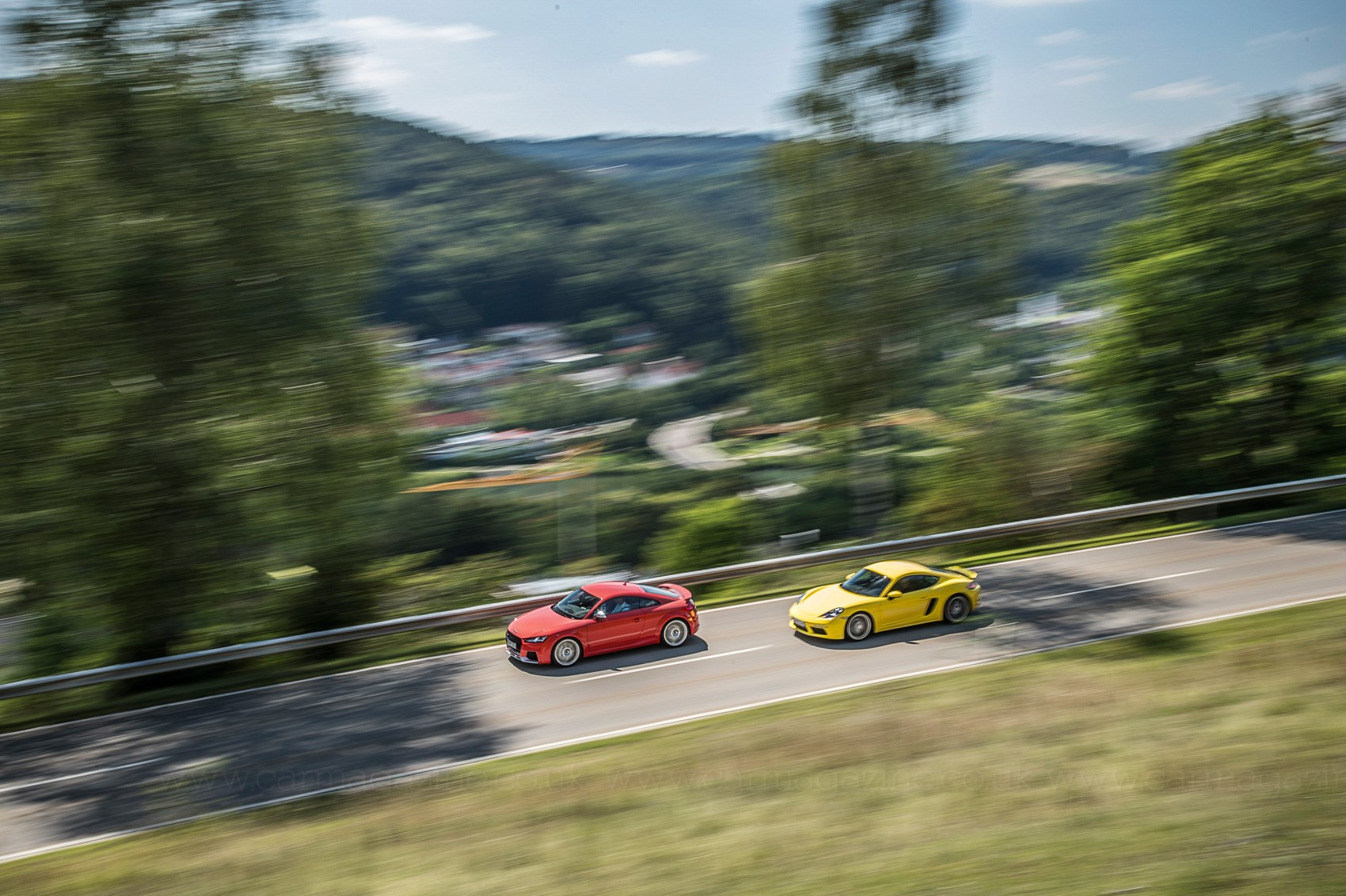 Twin Test Audi Tt Rs Vs Porsche 718 Cayman S Car Magazine 08 Fuse Box